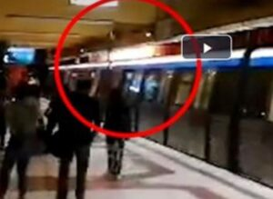 EVENIMENT: Explozie în metroul bucureștean