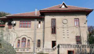 CASELE VECHI ALE TÂRGOVIȘTEI: Casa Irimescu-Cândești-Casa cu zodii
