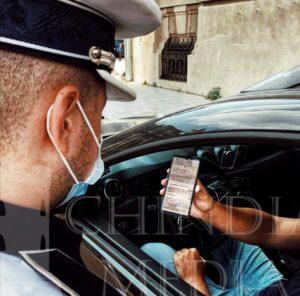 POLIȚIA: Începând de astăzi,  se poate face dovada asigurării RCA și cu telefonul, în format electronic