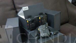 POLIȚIA: Primele 240 de bodycam-uri pentru polițiștii operativi au fost distribuite