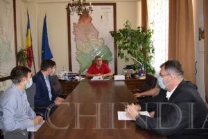 ADMINISTRAȚIE: Președintele CJD, Alexandru Oprea, a semnat contractul pentru execuția lucrărilor la DJ 711 Ulmi – Comișani – Băleni