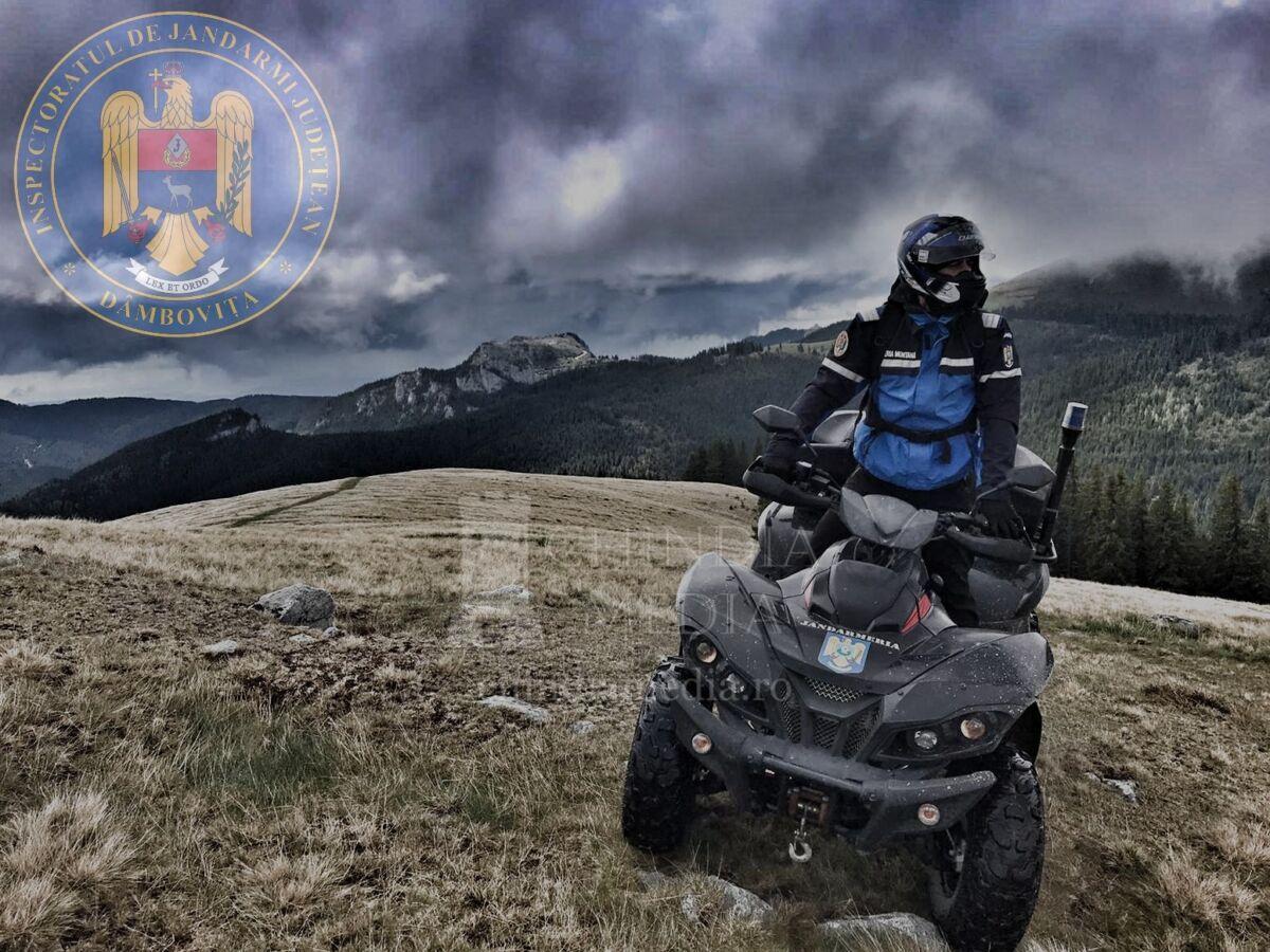 BUCEGI: Doi turiști din Ilfov au fost sprijiniți de jandarmii montani