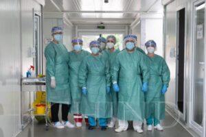 SĂNĂTATE: 30.000 de lucrători din sănătate au fost infectați în România de la începutul pandemiei