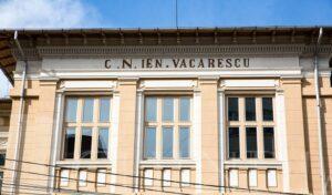 SCENARIU ROȘU LA COLEGIUL NAȚIONAL IENACHIȚĂ VĂCĂRESCU