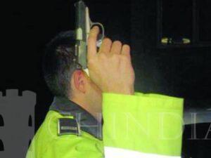 Un bărbat a murit după ce a fost împușcat de polițiști în trafic
