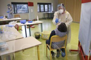 Ministerul Educației: De la începutul școlii, doar 4.000 de teste covid au fost utilizate